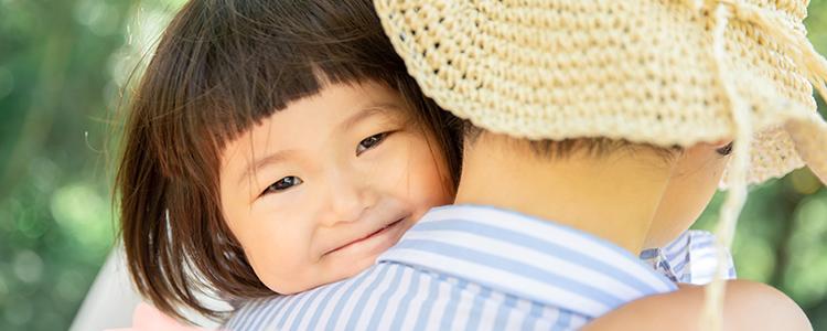 可愛らしい孫の笑顔
